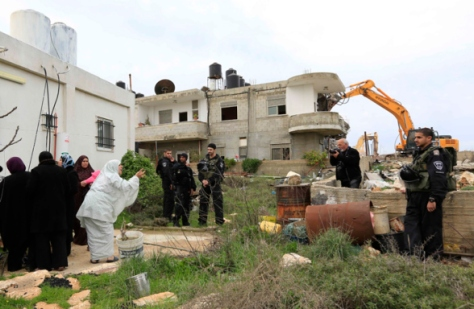 13/2/13 Demolition of House in Beit Hanina by Jews