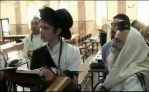 jews-studying-talmud