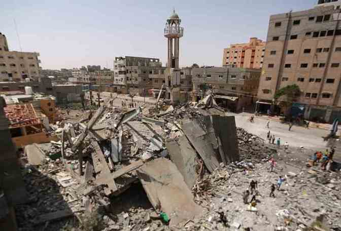 10 mosques bombed during Israeli airstrikes on Gaza