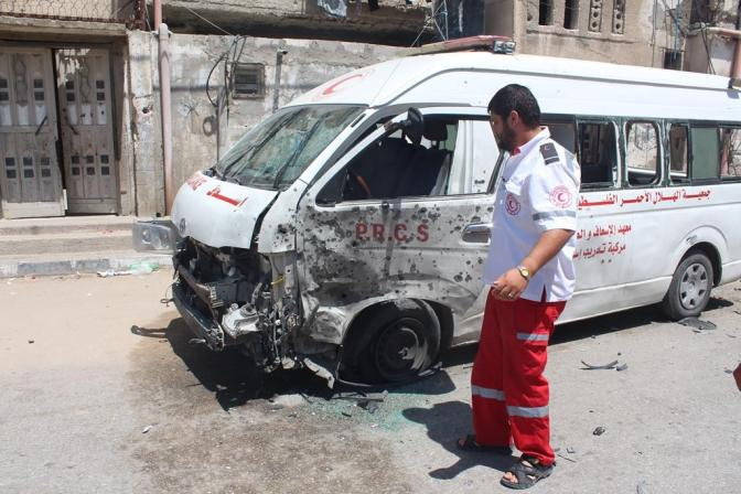 Gaza - 25 July 1 of 2 PCRS ambulances attacked in Beit Hanoun
