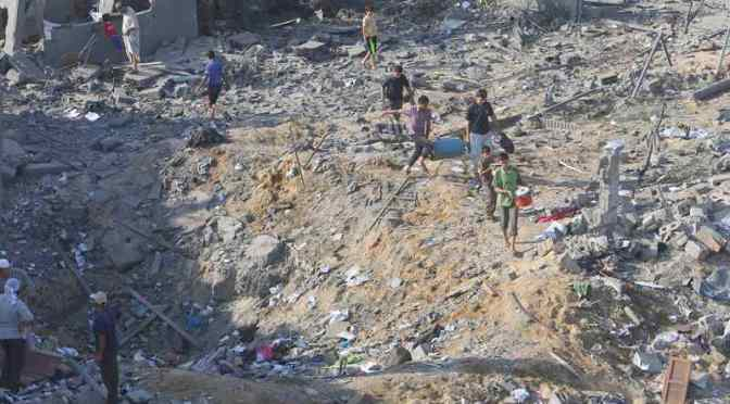War Crime on Video: Israel Strikes House in Al-Sabra Neighborhood in Gaza