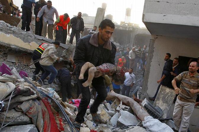 Gaza destruction: dead toddler slaughtered by Jewish military