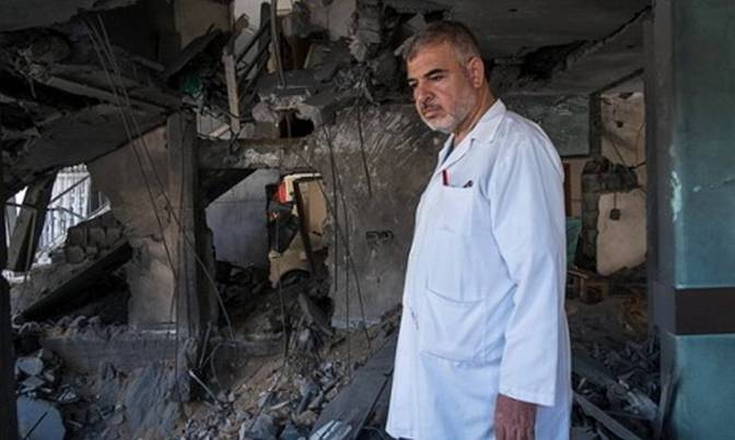 Gaza - Dr. Nasser al Tatar Dir-gen Shifa Hospital Gaza City. Peter Beaumont