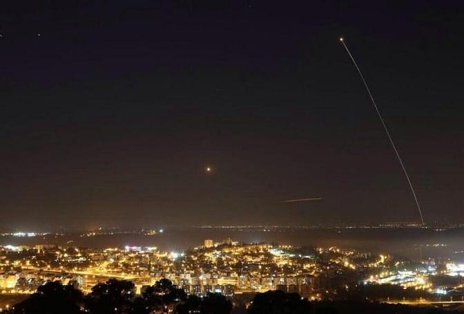 Hamas J80 over Tel Aviv