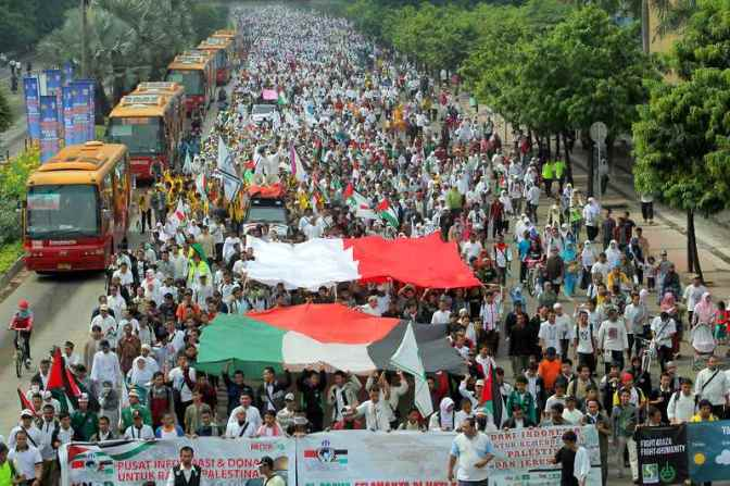 Massive demonstrations world-wide in solidarity with Gaza