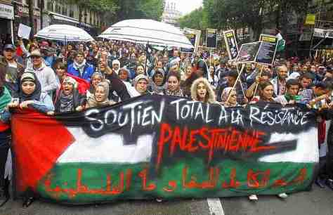 Paris rally for Gaza attacked by violent Jews