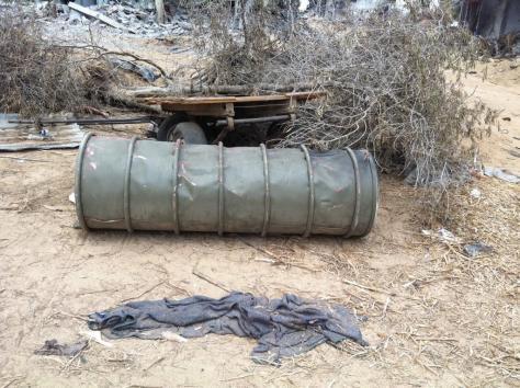 Israeli barrel bomb, Khuza'a outside Khan Younis. Issam Sammour