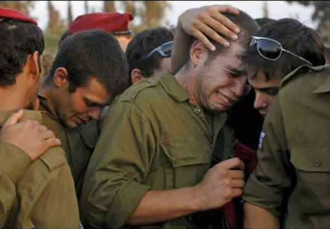 Jewish soldiers crying